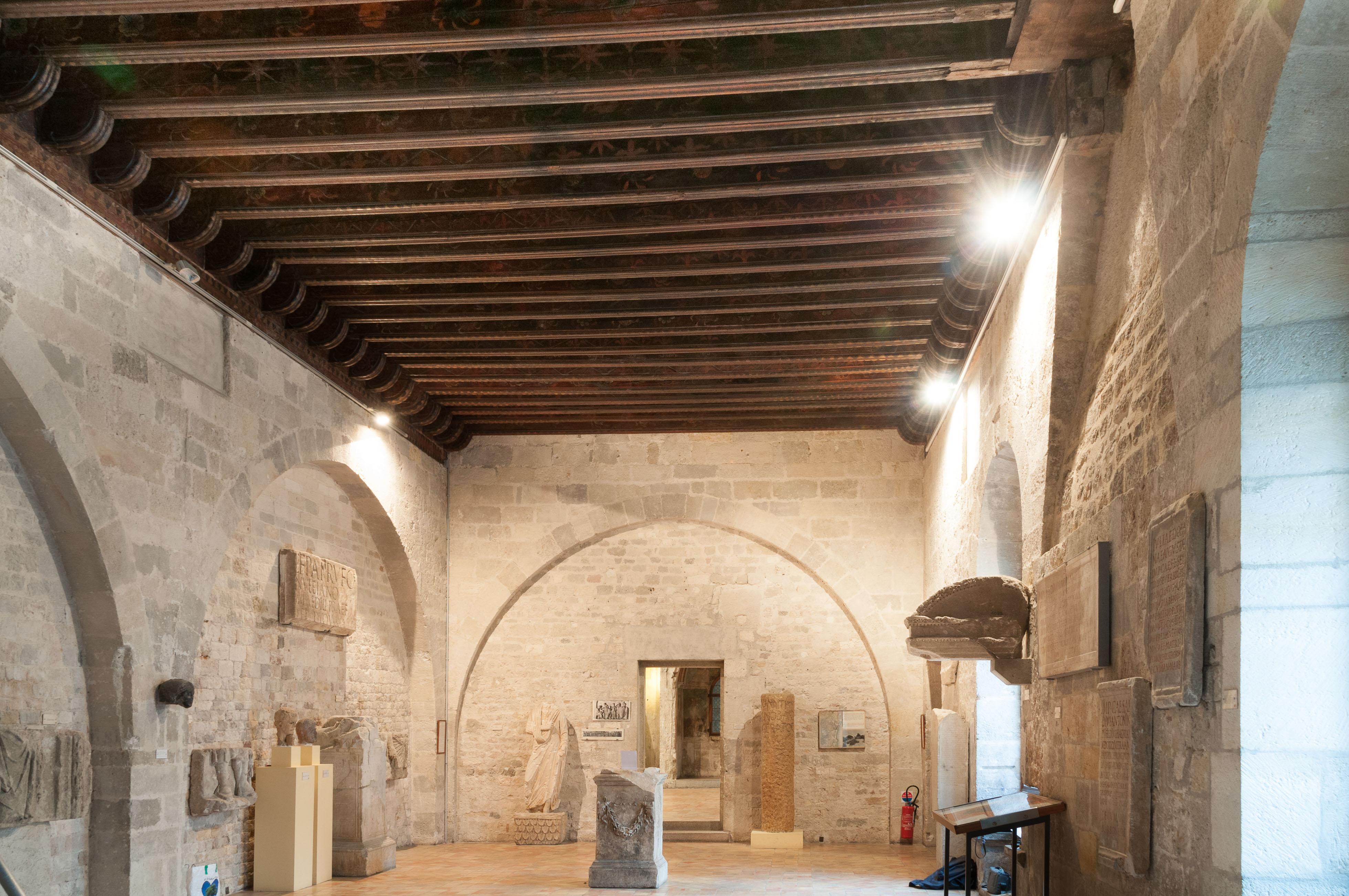 Plafond peint du Palais des Archevêques de Narbonne : vue générale